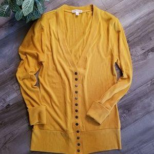 NWOT Zenana Outfitters L mustard yellow cardigan
